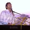 【2012年2月18日放送】80年代のアダルトコンテンポラリーを中心にピアノ弾き語りで魅せてくれるTakehiroのライブを湘南・七里ガ浜ダブルドアーズからUST生中継しました。